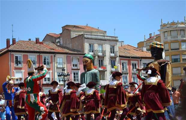 Danzantes y tetines (fiestas de Burgos)