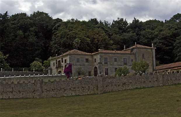 Palacio Del Conde Isla