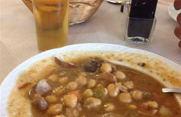 Restaurante La Cruz de Piedra