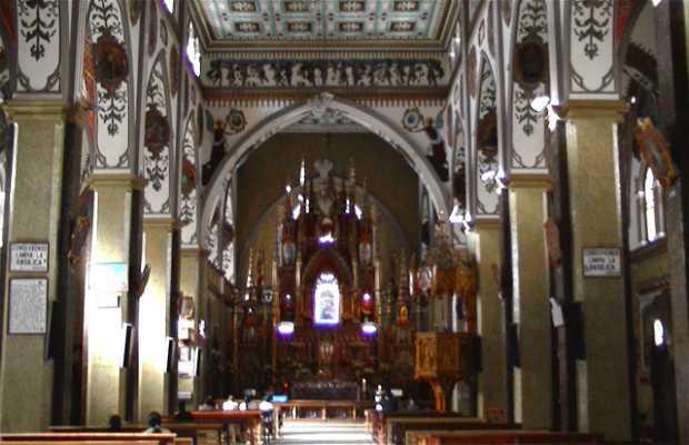 Iglesia de Baños de Agua Santa
