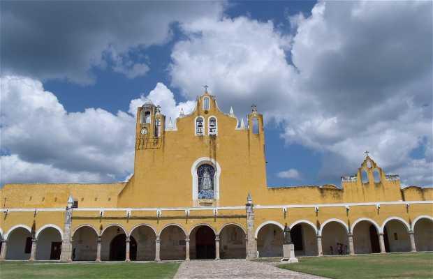Ex-convento de Izamal