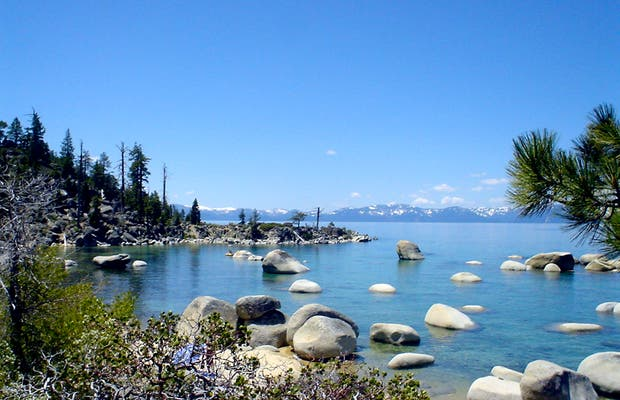Lago Tahoe In California A2551 on sierra nevada