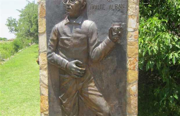 Monument Alfonso Caso
