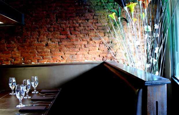 Restaurant & Living Bar DOK