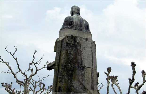 Estatua de José Felix Soage Villarino