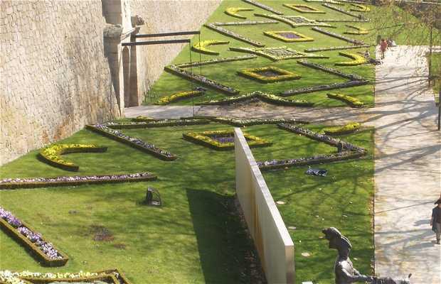 Jardins e Fortaleza de São Francisco