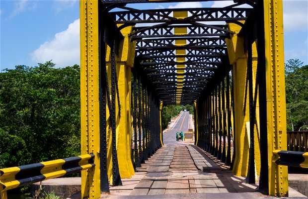 Puente de hierro de libramiento