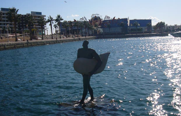 Statua di Icaro ad Alicante