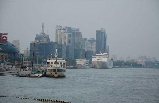 Il porto di Shanghai