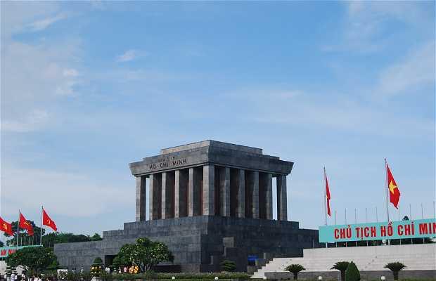 Il mausoleo di Ho Chi Min