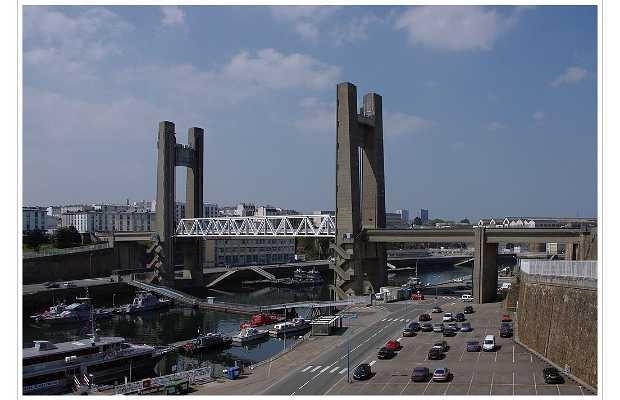Puente de Recouvrance