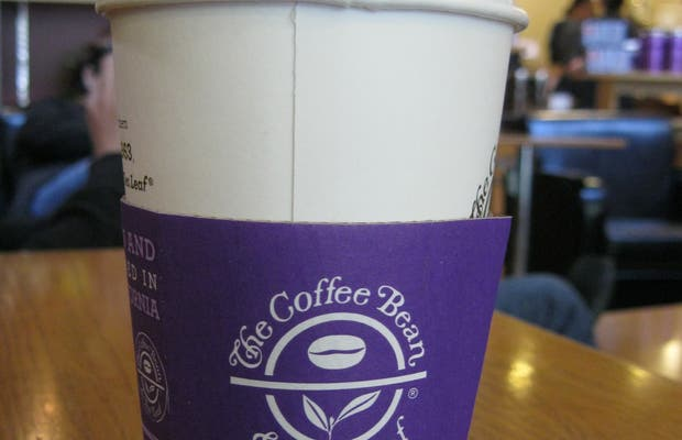 Café Coffee Bean and Tea Leaf