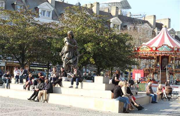 Place Jeanne-Hachette