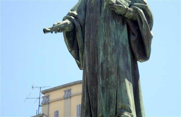 Estatua de Jovellanos
