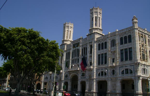 Palácio Cívico - Prefeitura de Cagliari