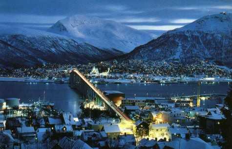 Tromsø por la noche