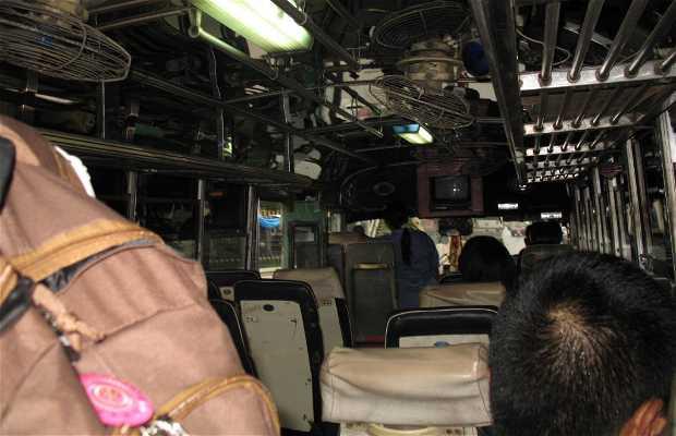 Bus Urbano En Lopburi