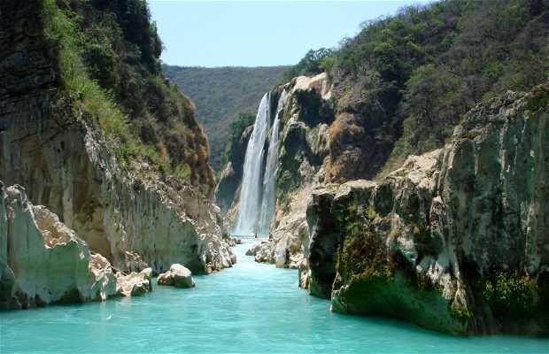 Tamul Falls