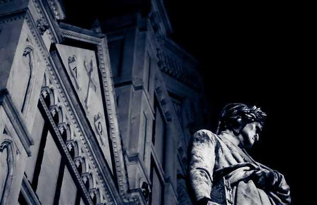 Statue de Dante