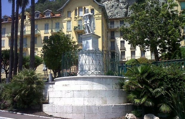 Estatua de Charles Félix