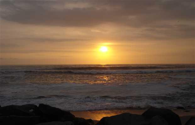 Playa punta hermosa en lima 13 opiniones y 10 fotos - Toldos para la playa ...