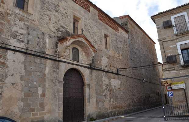 Iglesia y convento de San Miguel