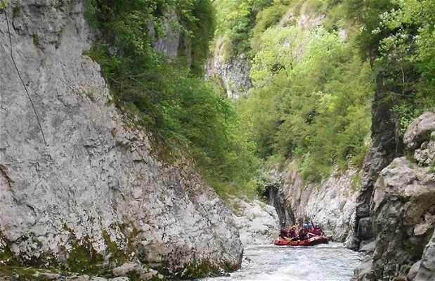 Rafting en el Valle de Ansó