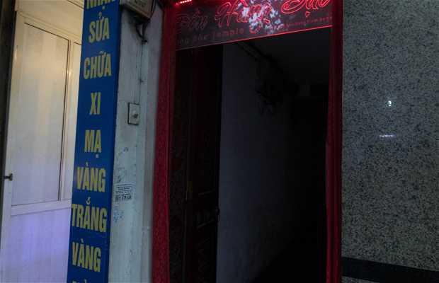 Templo Escondido Calle Hang Bac