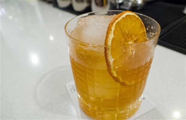 Lab Cocktail Bar