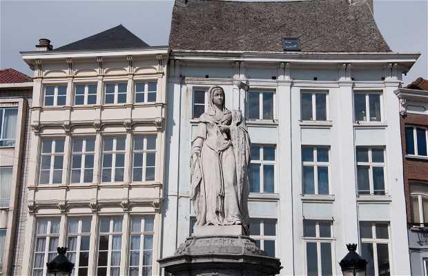 Estatua de Margarita de Austria