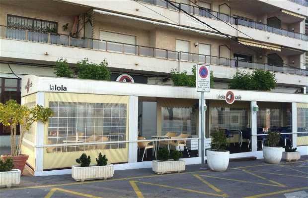 La Lola Café