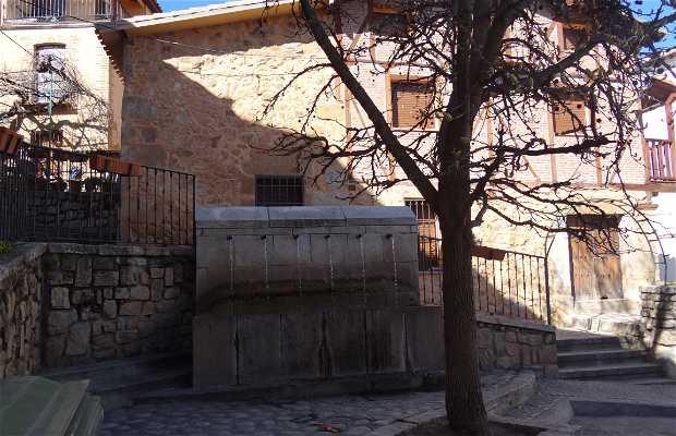Fontaine des 6 canos
