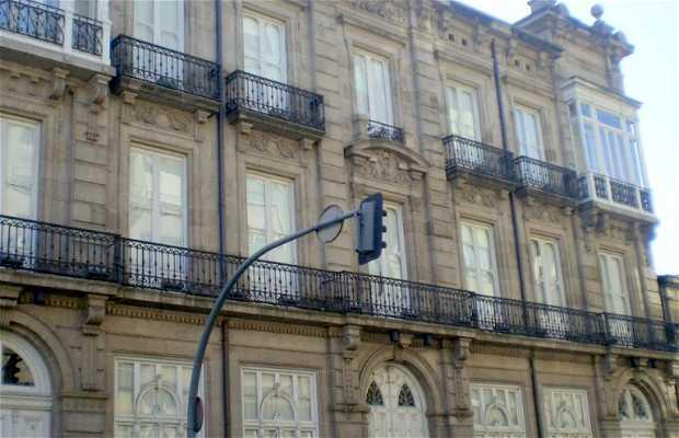 Edificio Simeón - Centro Cultural de la Diputación - Museo del Tren