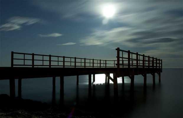 Embarcadero playa Tamarit