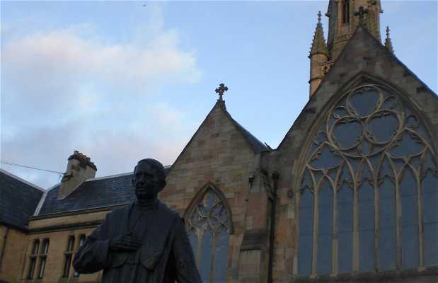 Statue of Cardinal Basil Hume