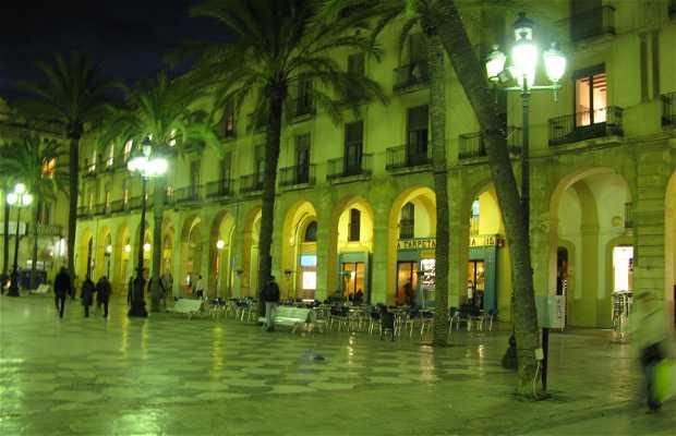Plaça de la Vila / Place de l'hôtel de ville