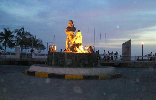 Estatua de Indios Tayronas