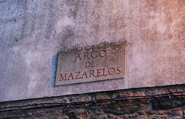 Mazarelos Arch