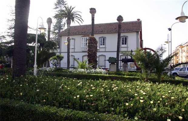 Larios House