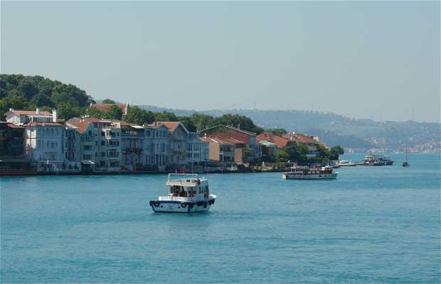 Ferry por el Bósforo