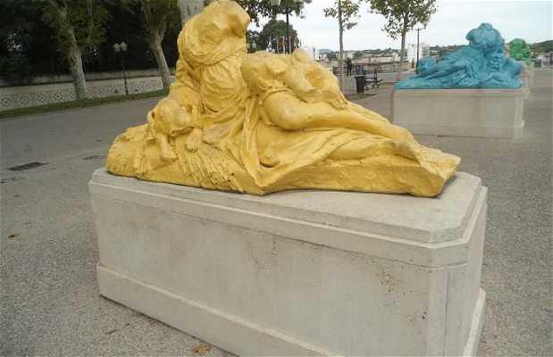 Les statues modernes du CORUM