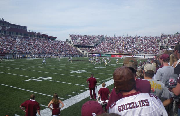 Washington Grizzly Stadium