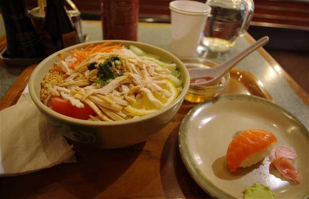 Nourriture chinoise et japonaise au Délice Buci
