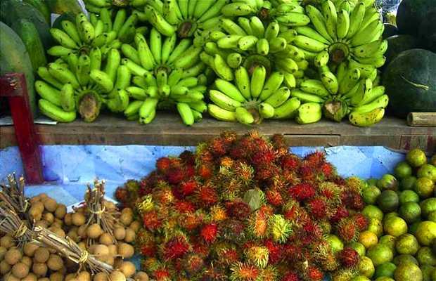 Market Laem Din