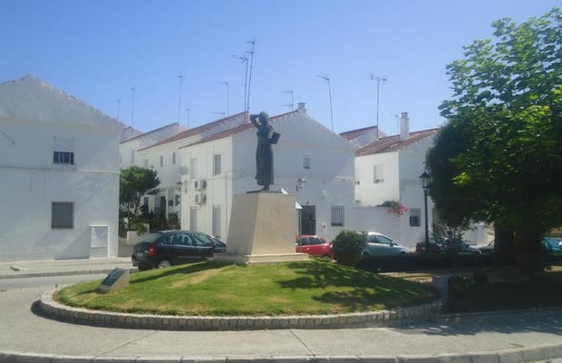 Monument to the Workers of the Field