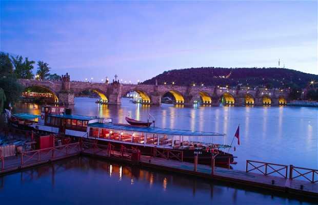 Ponte Carlos
