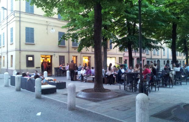 Plaza Fontanesi