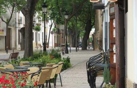 El Mirador Café