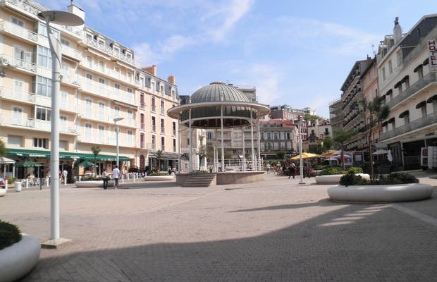 Plaza Santa Eugenia