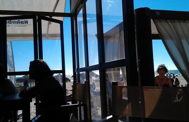 Nahu Beach Bar